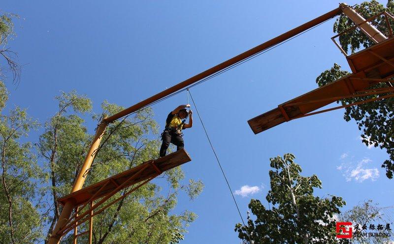 高空断桥拓展训练项目
