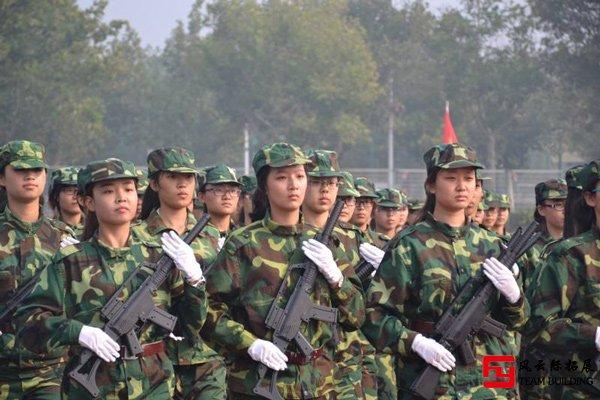 青少年四天三晚军事素质拓展训练