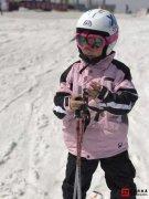 参与滑雪团建拓展活动的意义「畅滑春雪」